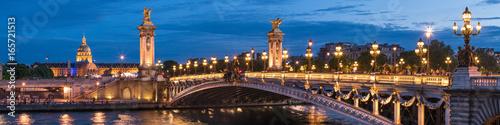 Papiers peints Ponts Pont Alexandre III und Invalides in Paris, Frankreich