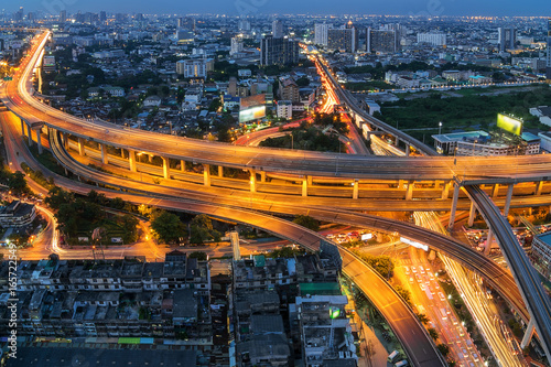 Foto op Aluminium Nacht snelweg Bangkok expressway.