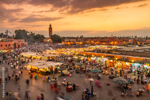 Foto op Plexiglas Marokko Jamaa el Fna market square, Marrakesh, Morocco, north Africa. Jemaa el-Fnaa, Djema el-Fna or Djemaa el-Fnaa is a famous square and market place in Marrakesh's medina quarter.