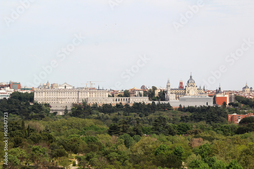 Tuinposter Madrid View to the historical center of Madrid from Casa de Campa