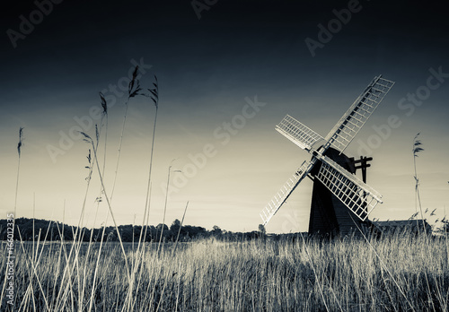 Juliste Horsey Windpump