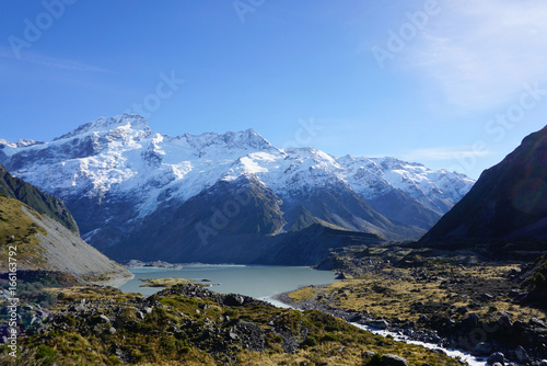 Foto op Canvas Nachtblauw Beautifil landscape of the rumble and clash along the road in New Zealand