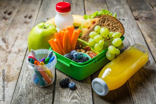 Healthy school lunch box © anaumenko