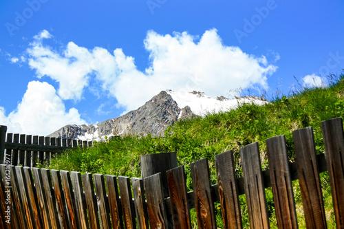 Poster Grijze traf. Mountains on E5 Tour