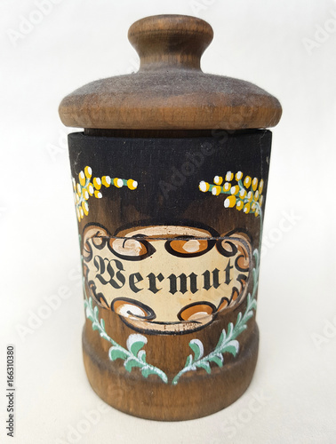 Leinwanddruck Bild Teedose, Tee, Wermut; Artemisia, Absinthium; Dose