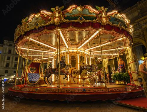 Papiers peints Florence Vintage Carousel