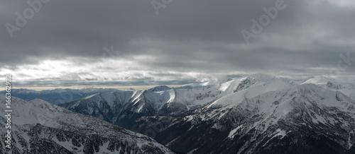 Foto op Canvas Grijs góry i snieg