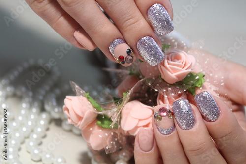Stylish manicure design