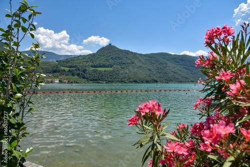 Deurstickers Bergen Kalterer See in Südtirol / Italien