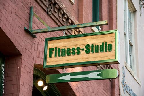 Schild 277 - Fitness-Studio