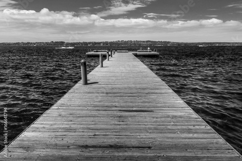 Foto op Aluminium Pier black and white dock