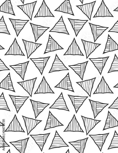 Cotton fabric Black striped triangles on white