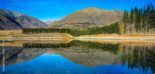 Tuinposter Grijs Lake Camp reflections
