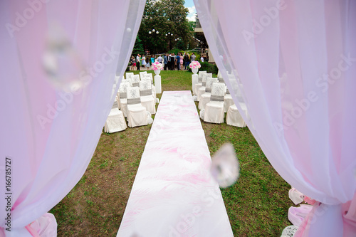 Fotobehang Purper wedding ceremony decoration, wedding arch