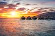 Sonnenuntergang im Pazifischen Ozean - 166799101