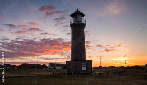Tuinposter Ochtendgloren Light House Sunrise
