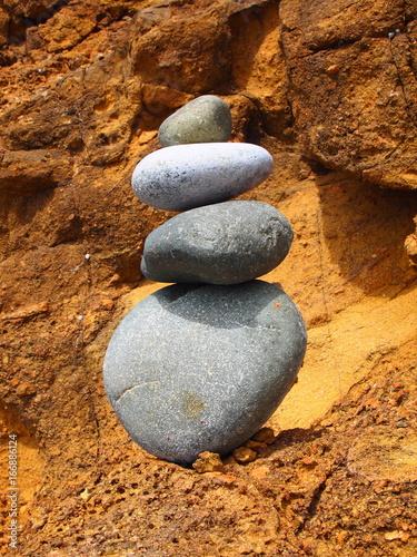 Papiers peints Zen pierres a sable cailloux