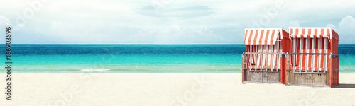 Strandkorb an der Ostsee - 166903596