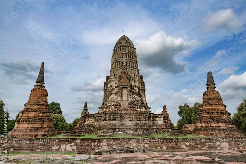 Wat Ratchaburana temple ayutthaya 1