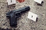 crime scene investigation - evidences and markers on the asphalt - 167004763