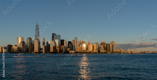 Foto op Aluminium New York New York Sunset with moon