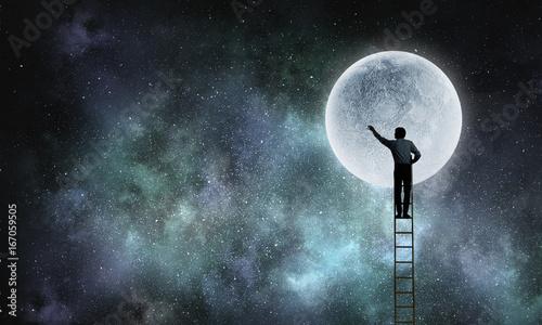 Spoed canvasdoek 2cm dik Wanddecoratie met eigen foto Businessman on ladder