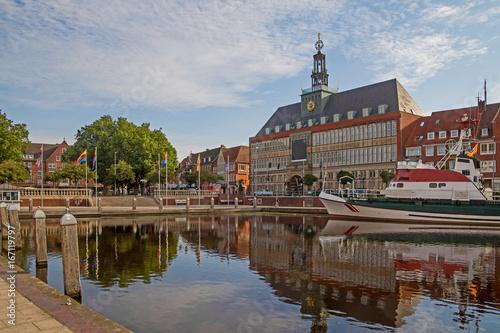 Foto op Canvas Noordzee Emden Rathaus Ratsdelft Ostfriesland