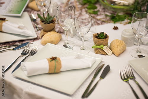 Déco de table de mariages, fleurs - 167209593