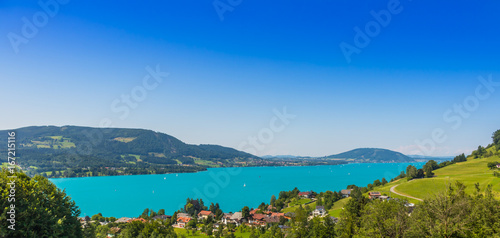Foto op Aluminium Pier Beautiful landscape at lake Attersee in Steinbach, Salzkammergut in Austria