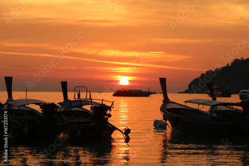 Foto op Plexiglas Oranje eclat Sunset view at Island Lipe in the Andaman Sea Thailand