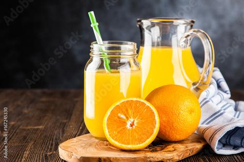 Deurstickers Sap Jar of orange juice