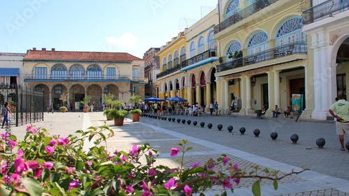 Plaza Vieja, la Havane. CUBA