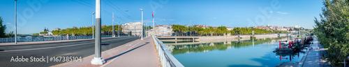 Papiers peints Photos panoramiques Panorama sur le Rhône à Lyon
