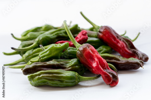 Deurstickers Hot chili peppers Shi shito peppers