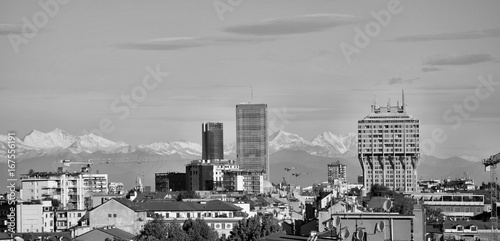 Foto op Canvas Milan Skyline Milano in bianco e nero Torre Velasca