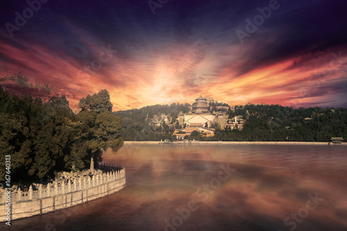 Foto op Canvas Peking Beautiful sunset at Summer Palace