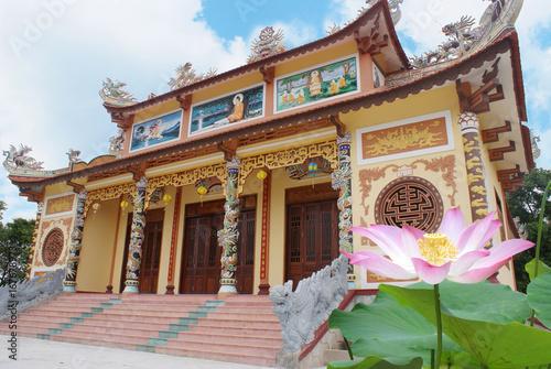 Fridge magnet flower in vietnam