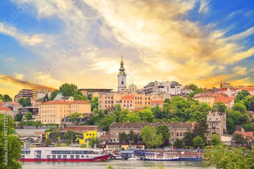 Leinwanddruck Bild Beautiful view of the historic center of Belgrade on the banks of the Sava River, Serbia