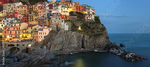 Wall mural Panoramic view of Manarola - Cinque terre, Italy