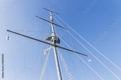Fotobehang Schip Mast on blue sky