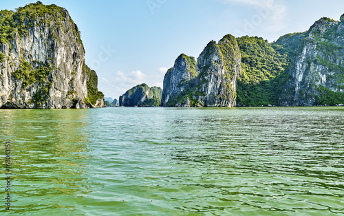 Fotobehang Olijf beautiful green limestone mountains in halon bay