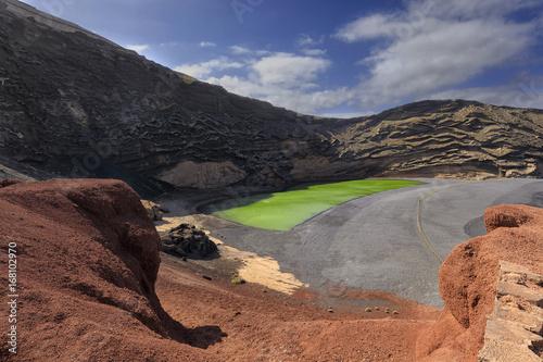 Deurstickers Canarische Eilanden El Lago Verde in Lanzarote