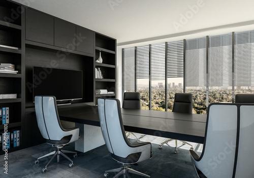 Konferenzraum mit Tisch und Stühlen. - 168190101