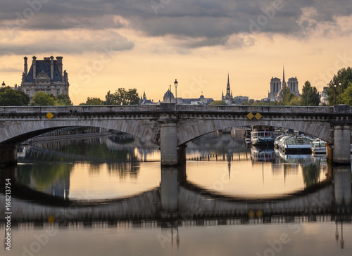 pont de la concorde paris poster affiche acheter le sur. Black Bedroom Furniture Sets. Home Design Ideas