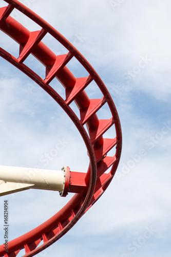 Fotobehang Amusementspark Roller coaster track