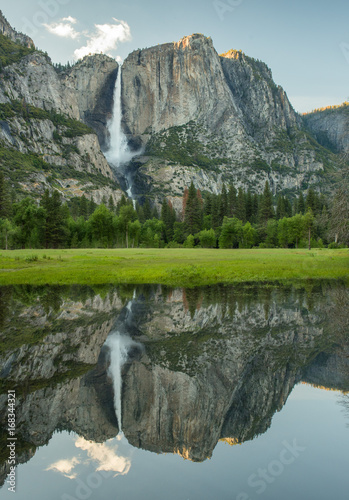 Yosemite falls - 168344321