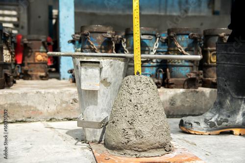 Test zbicia betonu, test gęstości betonu