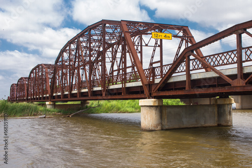 Spoed canvasdoek 2cm dik Route 66 Beautiful Old Iron Bridge on Old Route 66