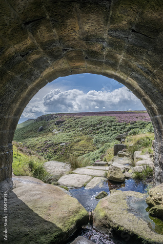 Papiers peints Gris traffic Beautiful vibrant landscape image of Burbage Edge and Rocks in Summer in Peak District England
