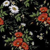 Embroidery chamomiles and poppies flowers seamless pattern. Beautiful bouquet of chamomiles, poppies classic embroidery seamless background for clothes - 168442178